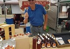 Maple-Roch-at-Market